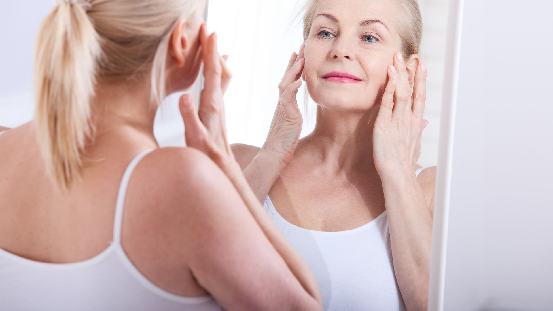 woman and Collagen cream
